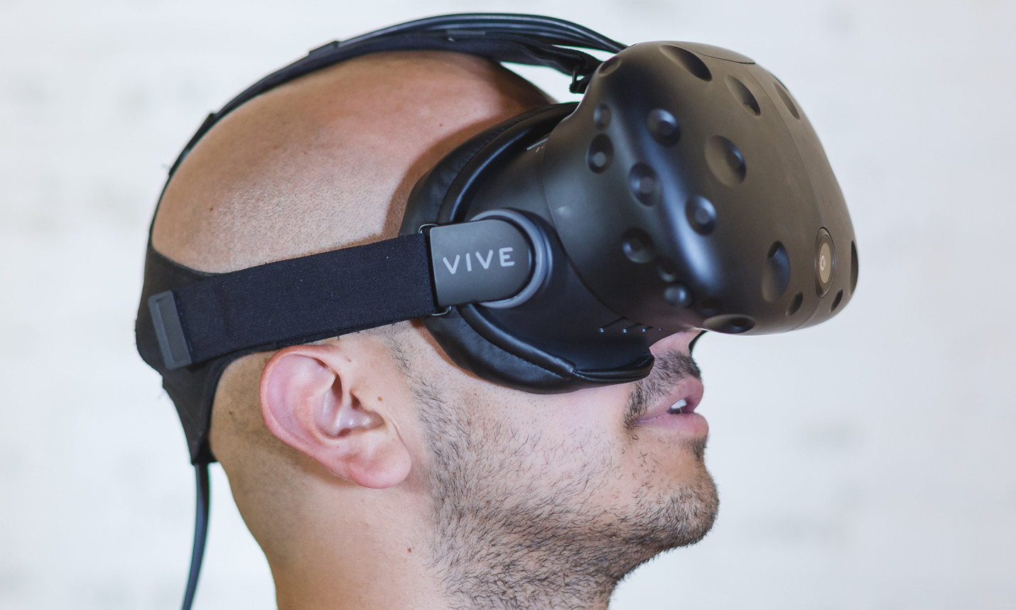 Virtual Reality Proving Effective in Treating PTSD | HealthSoul
