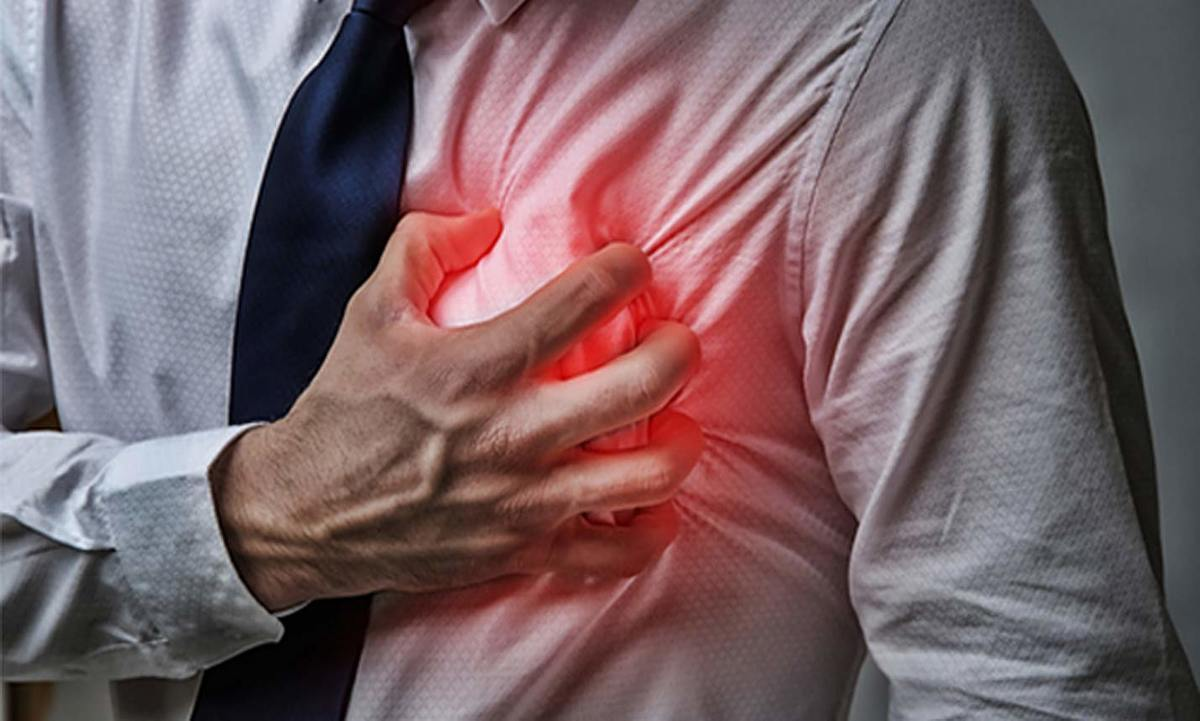 Learn the Warning Signs of Heart Attack | HealthSoul